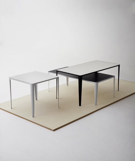 Lime table von Swedese