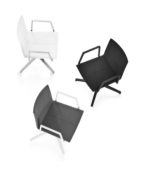 Archal Armchair 4-feet swivel with castors by Lammhults