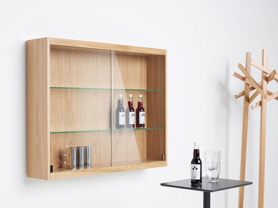 Front Display cabinet FRM10040 by Karl Andersson