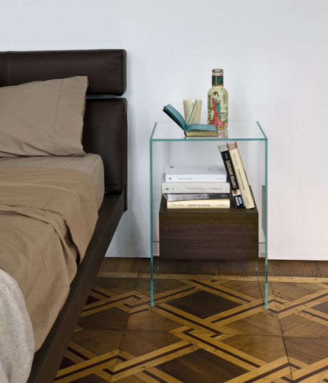Kit bedside table by Former
