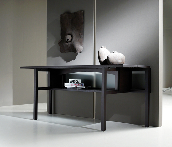 Belvedere console by Former