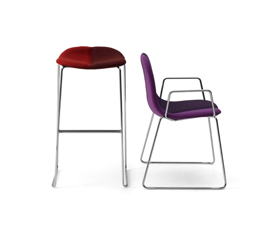 Duo Stackable chair di OFFECCT