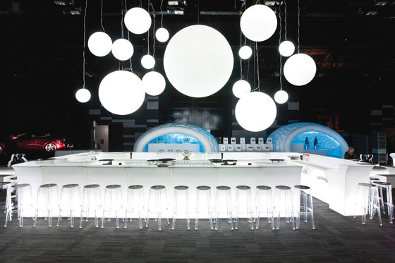 Bar Furniture – Ice Bar di Slide