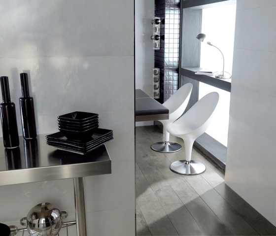Tech White by Porcelanosa