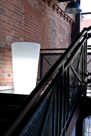 X-Pot Light by Slide