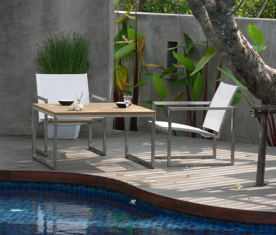 Ananta Lounger by Deesawat