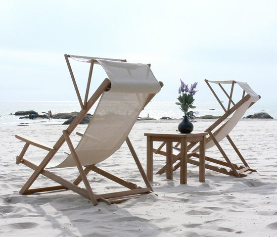 Riviera Folding chair by Deesawat