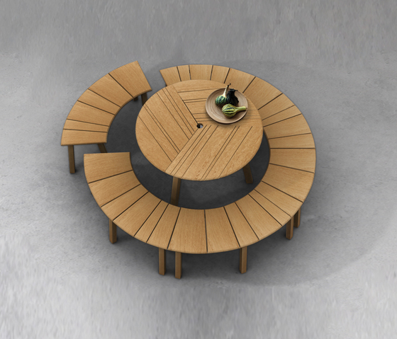 Tiera Outdoor Stool by Deesawat