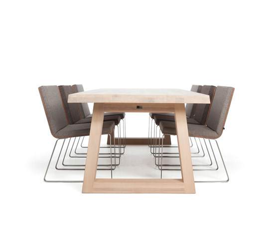 Slide Dining Table Charcoal de Odesi