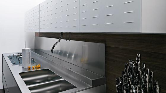 Riciclantica Laminato | Alluminio Verniciato Bianco by Valcucine