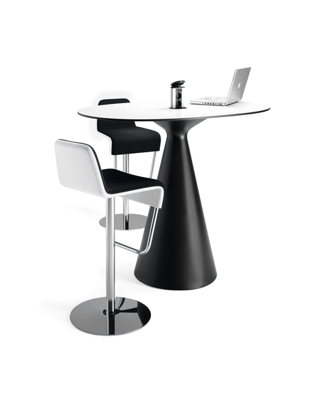 Cone table von Materia
