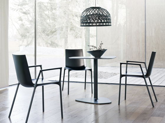 macao chair by Wiesner-Hager