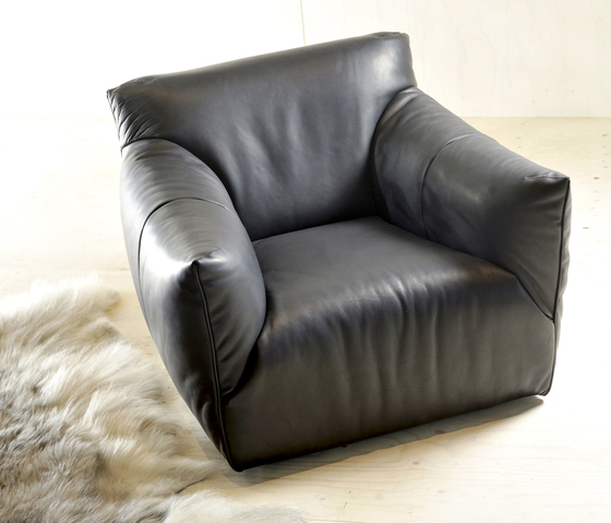 Havanna armchair by Label