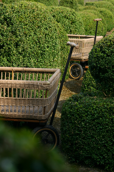 Wagon + Basket by TRADEWINDS