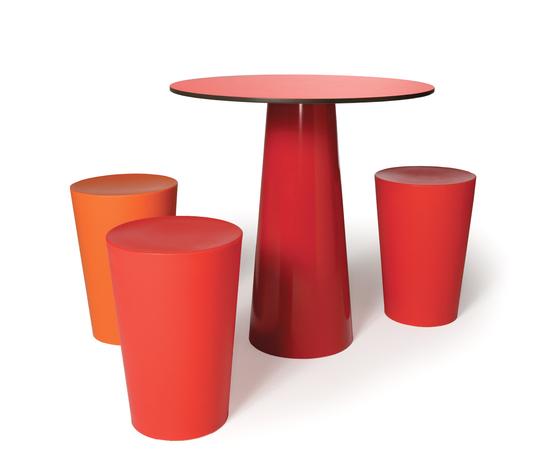 container stool von moooi