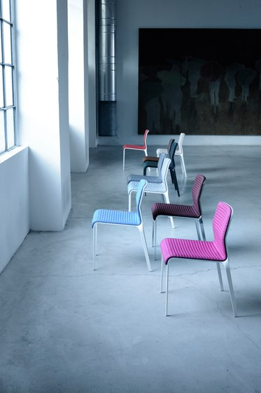 Bend chair de MDF Italia