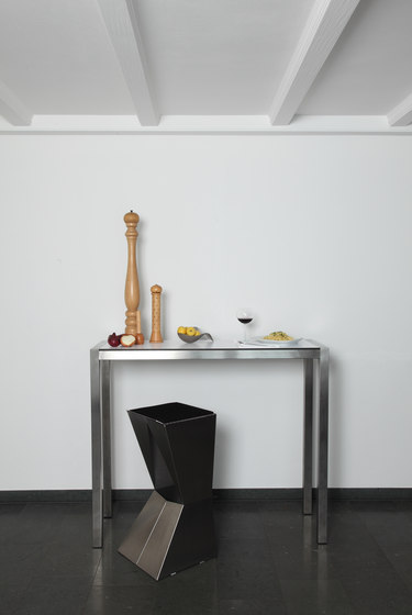 H 811 Pure table by Hansen