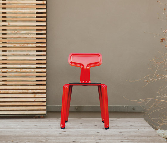Pressed Chair by Moormann
