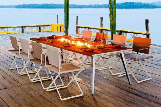 SeaX Dining table by DEDON