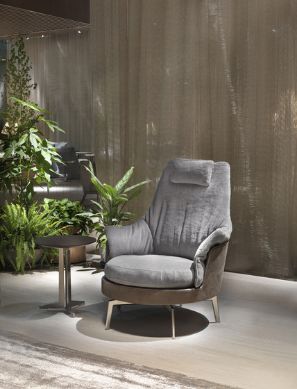 Guscioalto Soft Armchair by Flexform