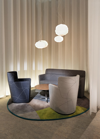 PARCS Wing Sofa by Bene