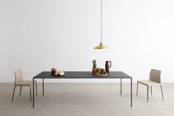 25 rectangular table di Desalto