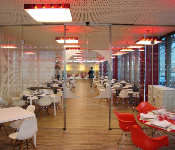 powerglass® partition: IFEMA exhibition restaurant by Peter Platz Spezialglas