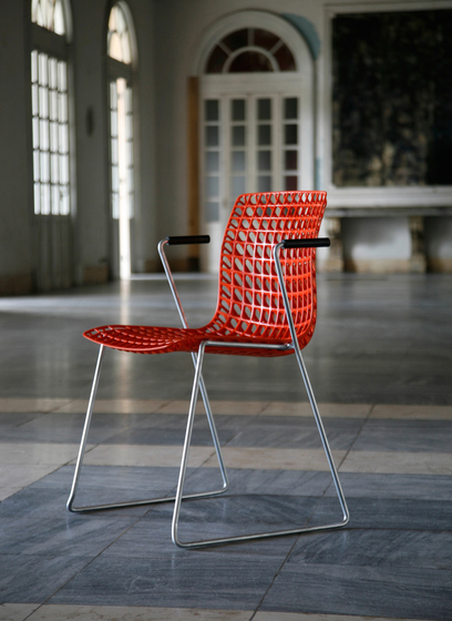 Moiré chair by MOVISI