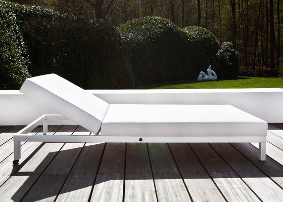24/7 Sunlounger di Design2Chill