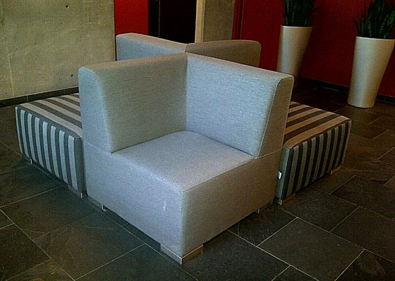 Block 80 Hocker 200 von Design2Chill