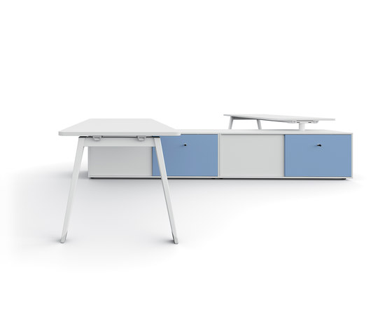 DV804-E-Place bench by DVO