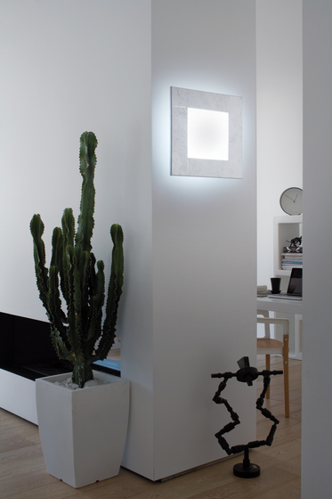 Tara Wall light by LUCENTE