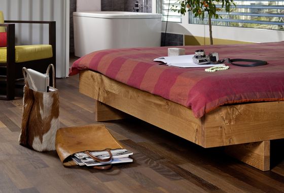 iuno Bed by tossa