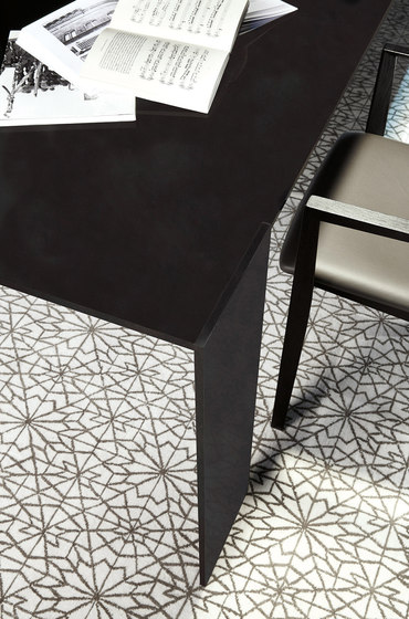 Metallico black table von PORRO