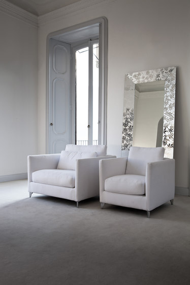 Zone 960 Poltrona Armchair by Vibieffe