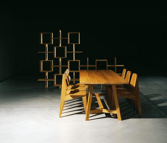 PAPAT table di INCHfurniture