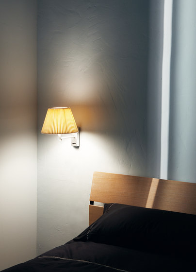 Nolita Cotton wall lamp di Marset