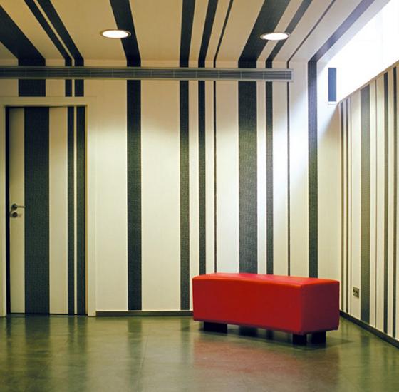 papier peint sur mesure rev tements muraux papiers peint de tres tintas barcelona architonic. Black Bedroom Furniture Sets. Home Design Ideas