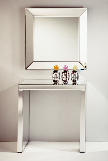 Tavolo Black S by Deknudt Mirrors