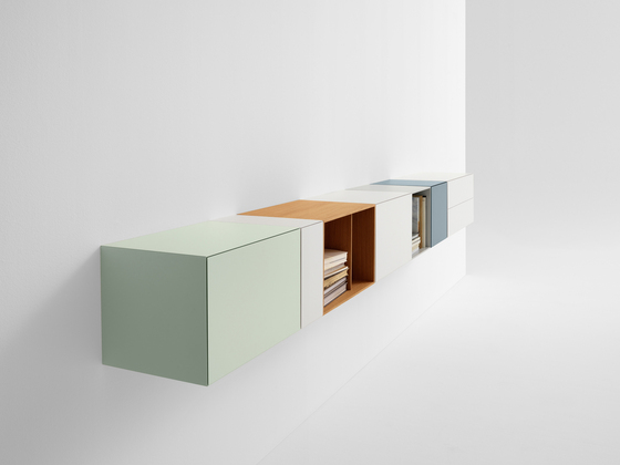 Boxes V402* by Pastoe