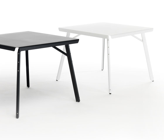 Dakar Table square white blue by Skitsch by Hub Design