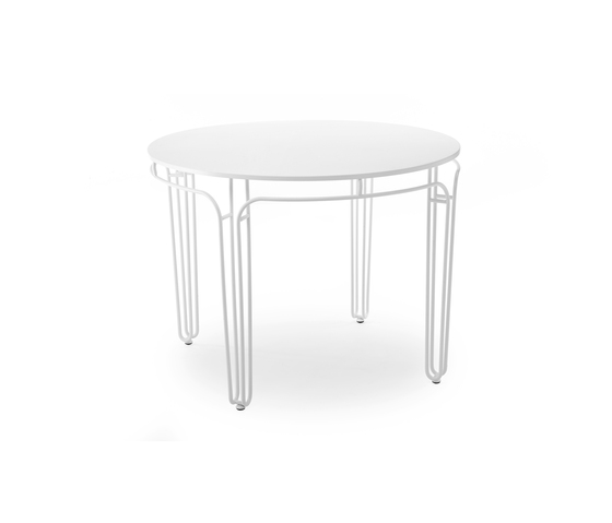 Fildefer outdoor coffee table von Skitsch by Hub Design
