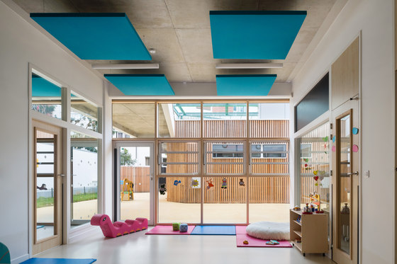 Stereo acoustic panels suspended in clusters by Texaa®
