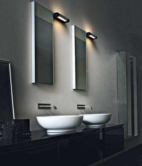 5cm specchi da parete rifra architonic for Specchi per arredo bagno