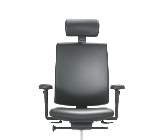 KYRA swivel chair by Girsberger