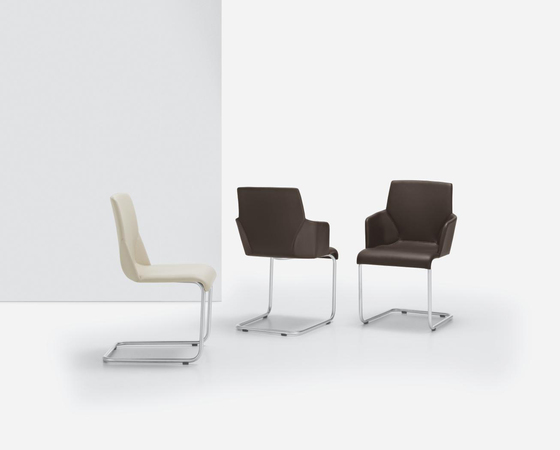 YARA AL Cantilever chair by Girsberger