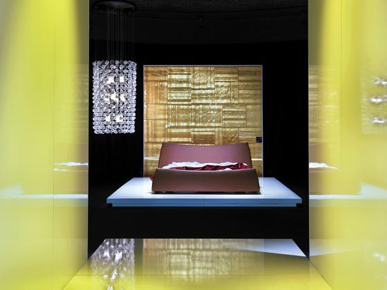 Cocoon Bed by Via Della Spiga