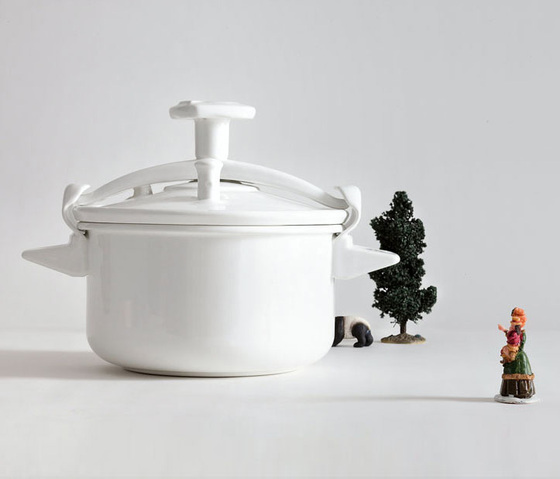 Cocotte minute container by bosa