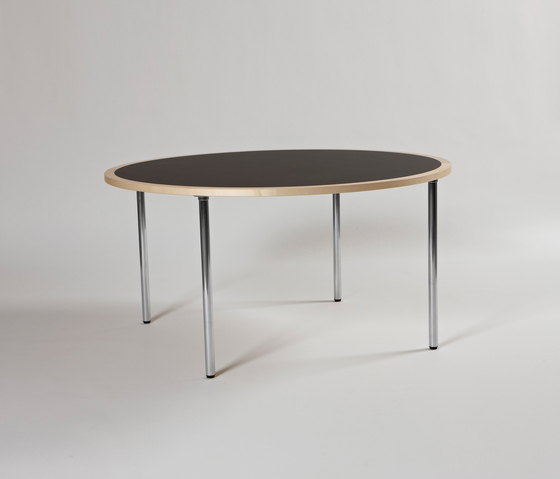 Mix with folding legs de Magnus Olesen