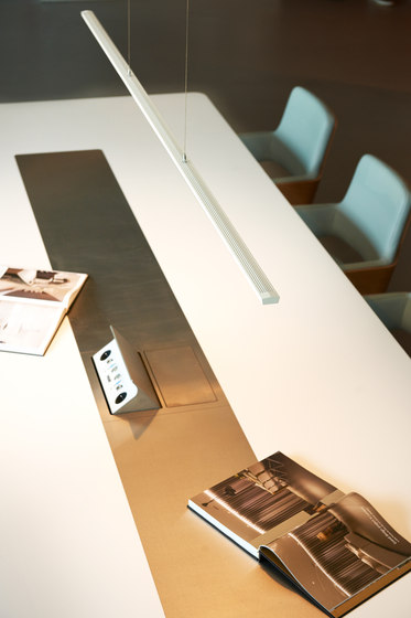 Lisgo Straight Max - Pendant Luminaire by OLIGO